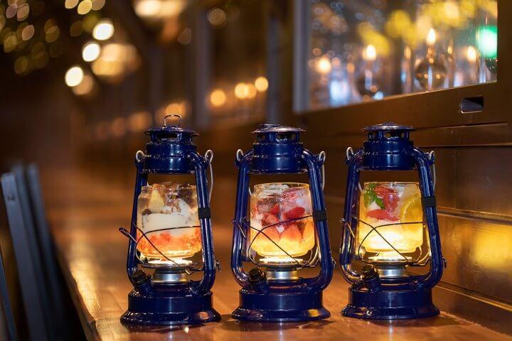 [パフェ専門店 LAMP(ランプ)]で旬のフルーツパフェを堪能