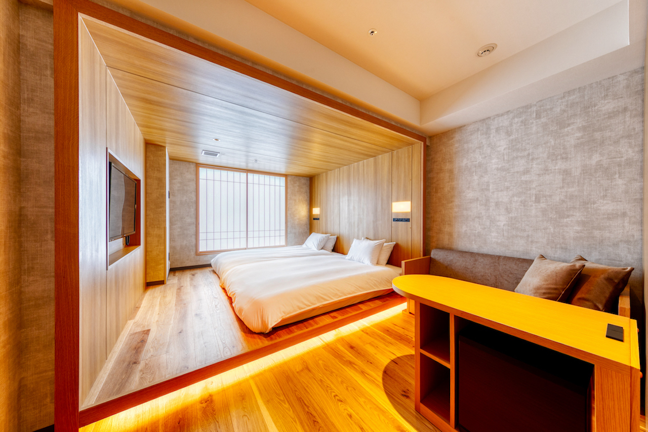 Wood Box Room