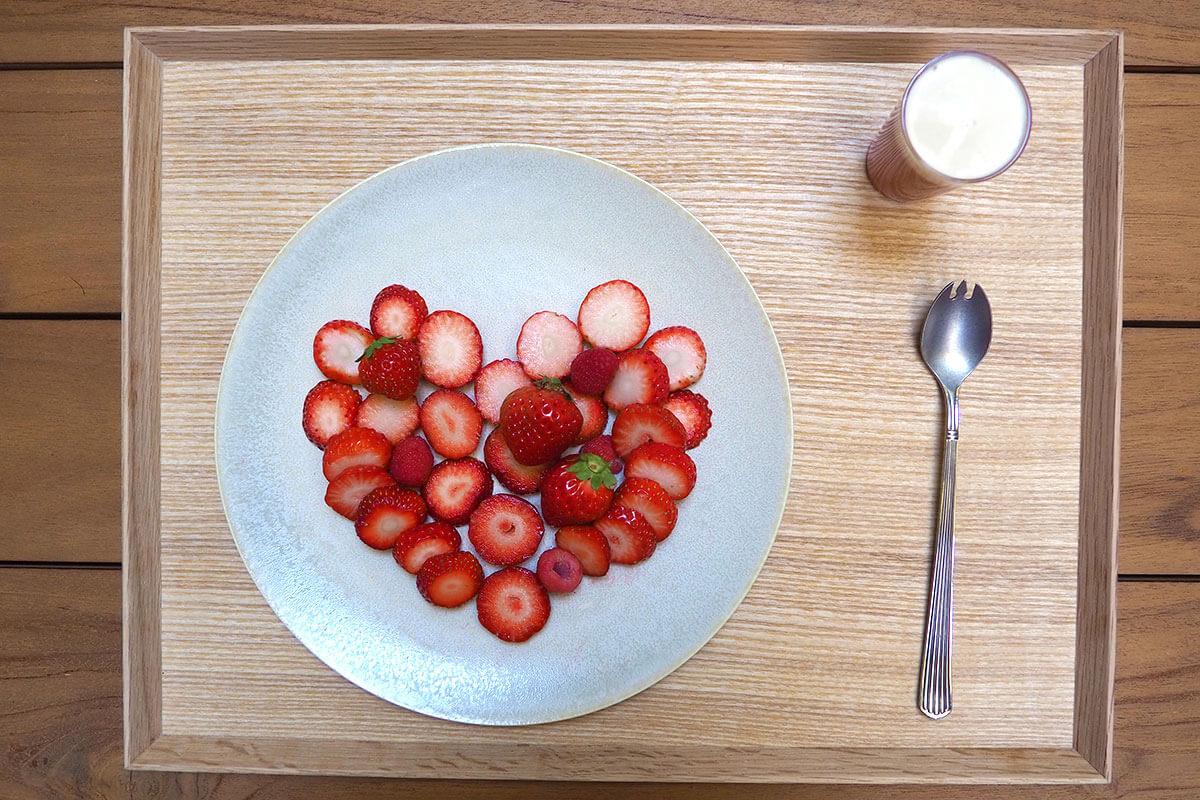 Strawberry Heart 苺の盛り合わせ+ジュース(ノンアルコール)1900円(税・サ込)