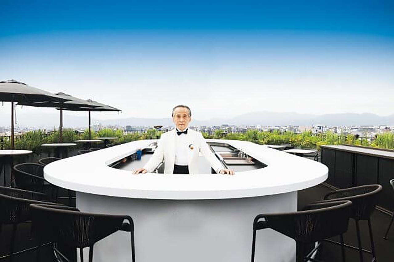 1994年に創業した[K6]は、今や京都を代表する名バーに。会員制ウイスキーバー[Bar Keller]、ワインバー[Cave de K]も展開するバトラー 西田 稔さん