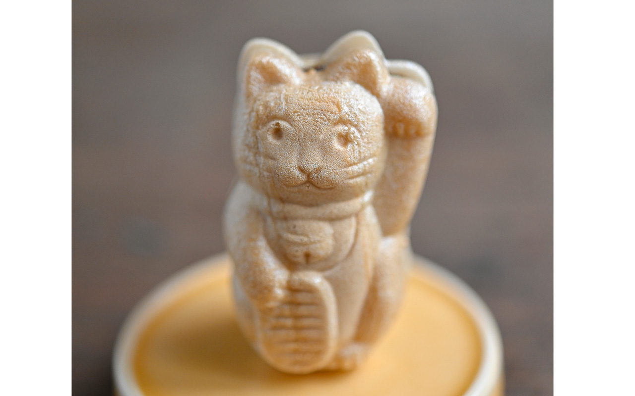小判と招き猫の「ねこ最中」250円