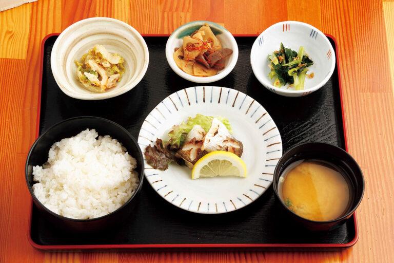 食彩よしもとの日替わり朝定食