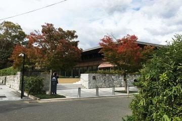 「時雨殿」が「嵯峨嵐山文華館」としてリニューアルオープン