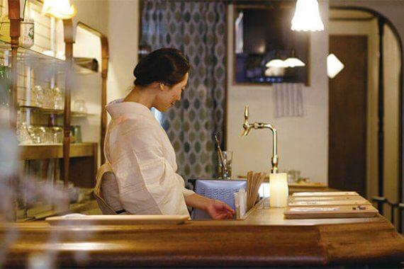 ようこそレトロカフェへ。行きつけにしたい[sakecafe 楓 fu]