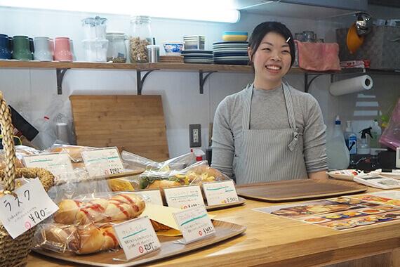 [Bagle cafe PIGGY]中田さんオススメのカラダが喜ぶおばんざいのお店へ