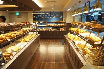 フランス仕込みのベーカリー[メゾンカイザー]が満を持して京都初出店