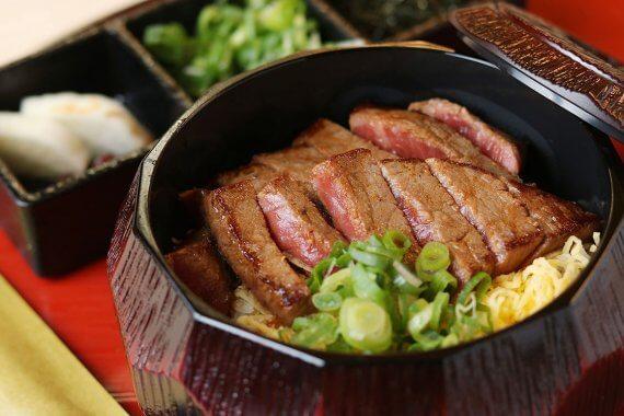 『肉まぶし専門店 稀』がオープン