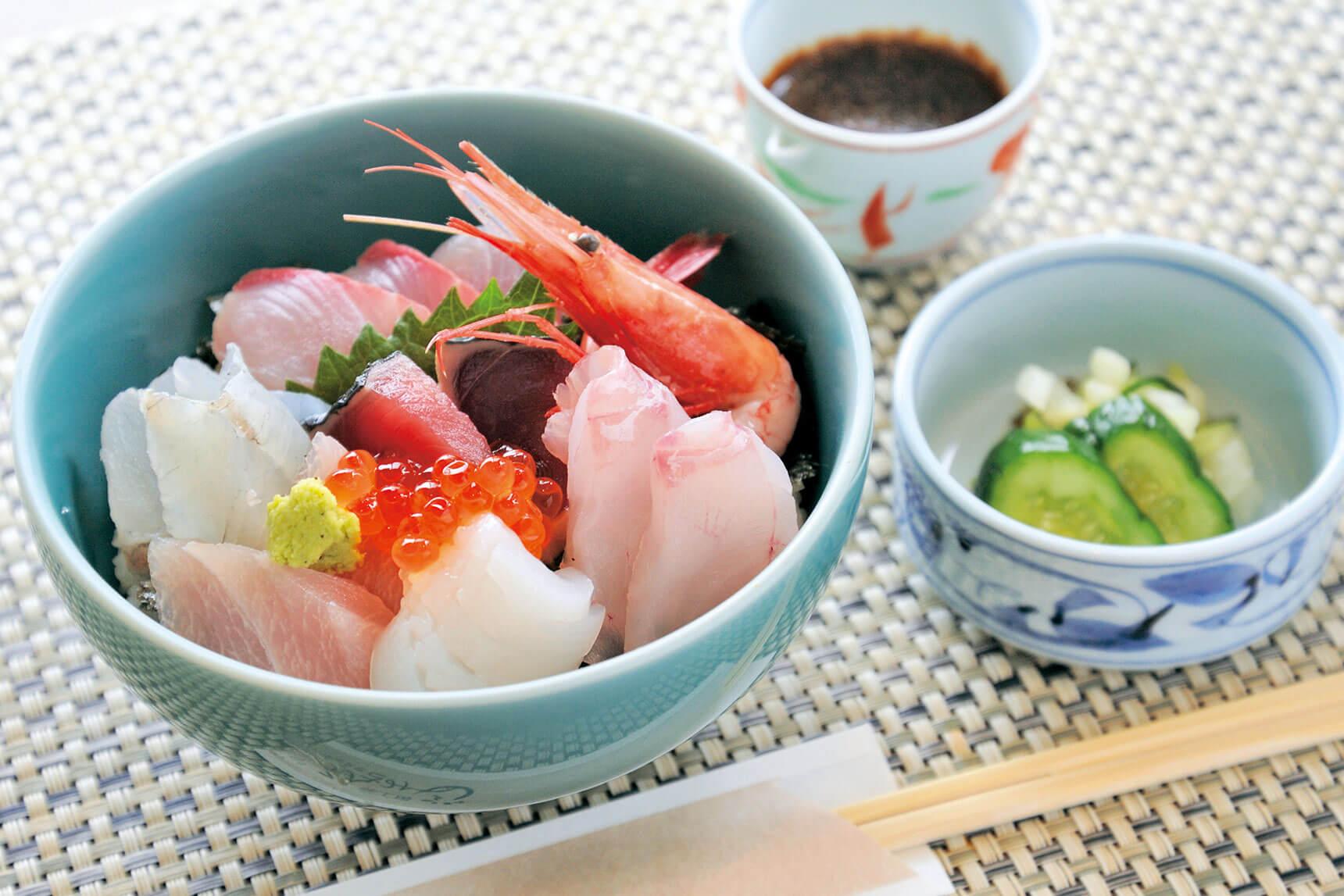 今月のランチ vol.9「海鮮丼」