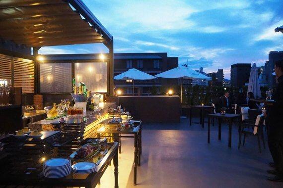 京都東急ホテルの「ルーフトップバー」が5/18〜開催!開放感のあるテラスでシャンパンを