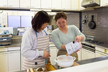 約5分で手抜き感ゼロのカレーに!半調理レトルト商品『mitasu』を調査してみた