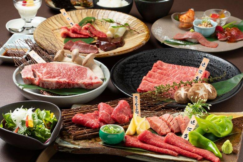 噛むほどに旨み溢れる熟成赤身肉の真価。焼肉懐石コース8,000円では、その日一番良い状態に熟成された肉をセレクト。焼肉・ステーキ・焼きすきなどいろんなスタイルで贅沢に味わえます