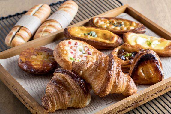 『Boulangerie Cafe Hallu』がオープン