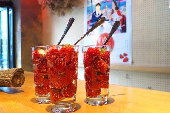 大分県産いちご「ベリーツ」と京都の人気店が期間限定コラボ!いちごスイーツ&サワーを堪能してみた
