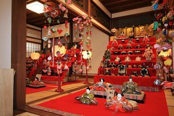 京の雛祭り、娘たちの成長祈願と厄除け/京都の摩訶異探訪