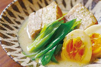 九条ねぎと豚バラ肉の白味噌仕立て - おうち時間がもっと充実する、京都のおばんざいレシピ伝授