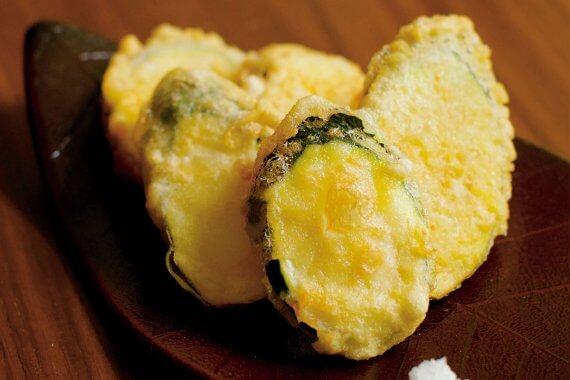 ズッキーニの天ぷら - やさいのごちそう