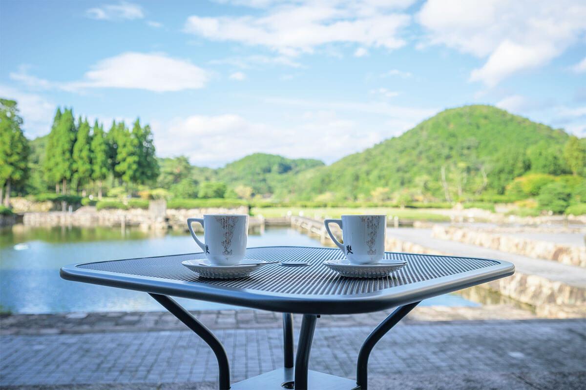 国立京都国際会館のラウンジがリニューアル。[前田珈琲]プロデュースのカフェが登場